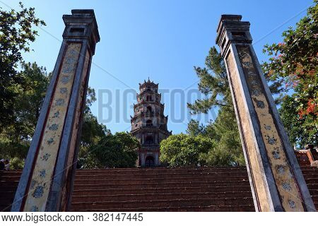 Hue, Vietnam, July 15, 2020: View Between Two Columns In The Access Stairs Of Chùa Thiên Mụ Pagoda,