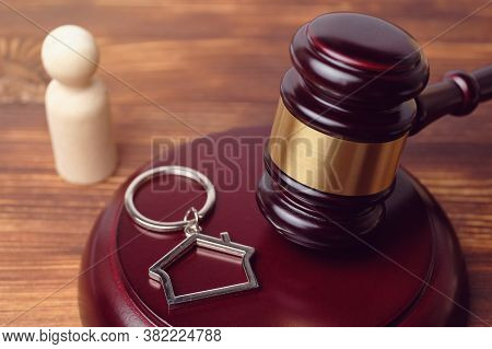 Concept Of Experience In Litigation In Real Estate Claims.