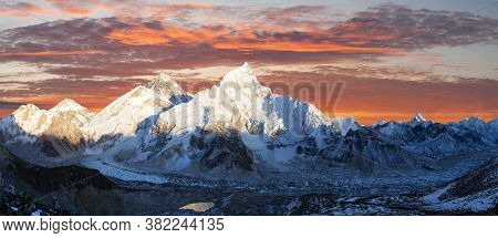 Mount Everest, Evening Panoramic View Of With Beautiful Sunset Clouds From Kala Patthar, Sagarmatha