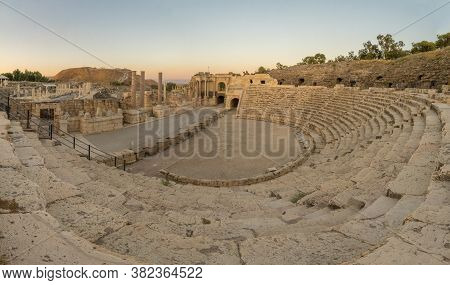 Sunset View Of The Roman Theater, In The Ancient Roman-byzantine City Of Bet Shean (nysa-scythopolis