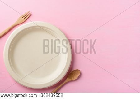 Biodegradable Plate, Compostable Plate Or Eco Friendly Disposable Plate With Wooden Fork And Spoon O