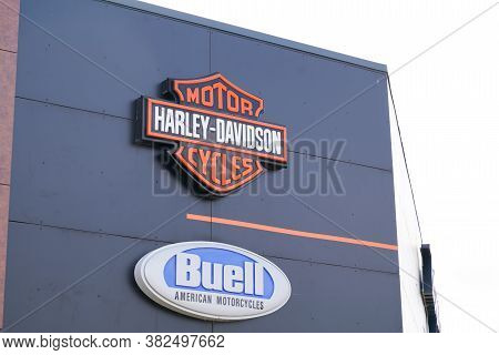 Bordeaux , Aquitaine / France - 08 16 2020 : Harley Davidson And Buell Motorbike Logo Sign Front Of