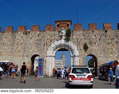 Pisa / Italy - 11 Jul 2011: Piazza Dei Miracoli, Piza, Italy