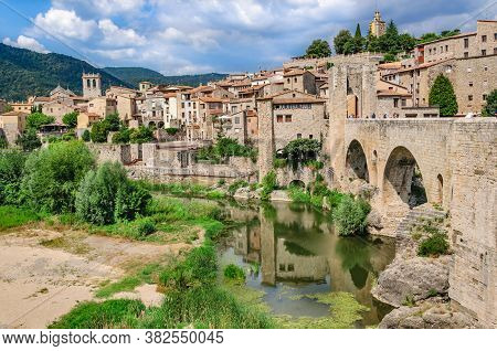 View Of The Historic Catalan City (fortress) Of Besalu From The Moat And Wall. Costa Brava, Cataloni