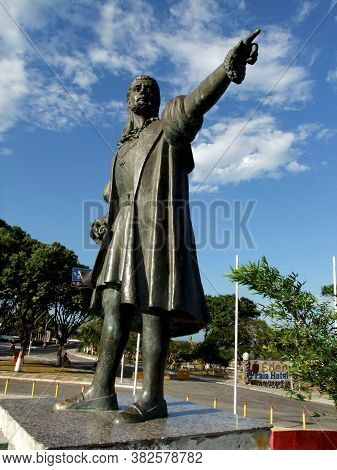 Porto Seguro, Bahia / Brazil - December 27, 2009: Statue Of Pedro Alvares Cabral Is Seen At The Entr