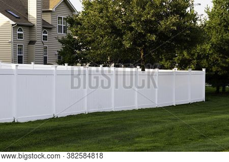 White Vinyl Fence Outdoor Backyard Home Private Green