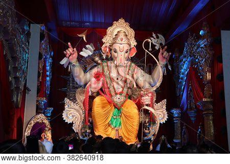 Mumbai, Maharashtra/india- June 30 2020: Close Up View Of Idol Of Lord Ganesha On Smartphone.