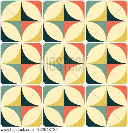 60's And 70's Retro Vector Seamless Pattern, Vintage Style Mid-century Modern Tiled Design With Geom