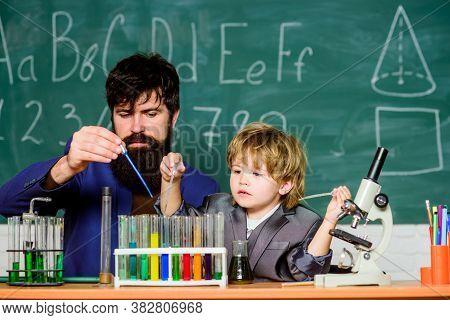 Genius Minds. Genius Toddler Private Lesson. Genius Kid. Teacher Child Test Tubes. Chemical Experime
