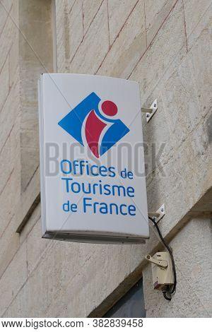 Bordeaux , Aquitaine / France - 08 25 2020 : Office De Tourisme De France Logo And Text Sign On Tour
