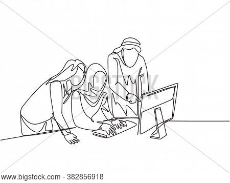 One Single Line Drawing Of Young Muslim Employees Discussing Business Proposal With Colleagues. Saud