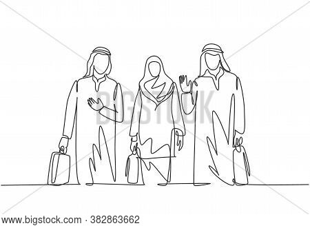 One Continuous Line Drawing Of Young Male And Female Muslim Managers Do A Business Trip With Colleag