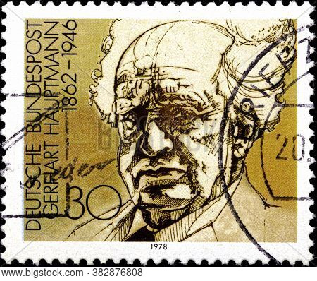 02 09 2020 Divnoe Stavropol Territory Russia The Postage Stamp Germany 1978 Nobel Prize Winners Of L