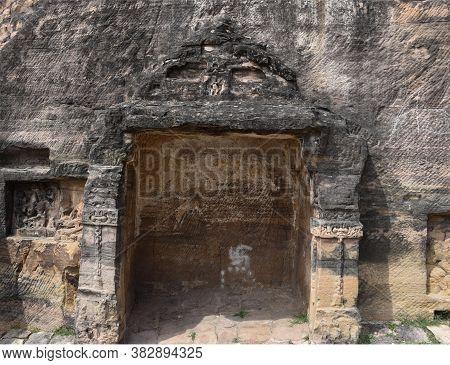 Gwalior, Madhya Pradesh/india : March 15, 2020 - Chaturbhuj Temple In Gwalior Fort