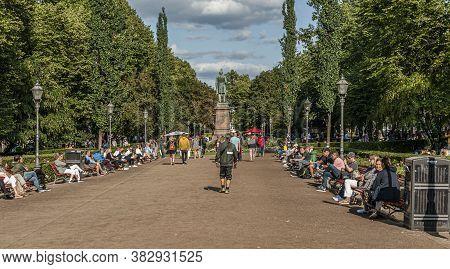 Helsinki, Finland - September 2, 2019: Esplanadi, Is An Esplanade And Urban Park In Downtown Helsink