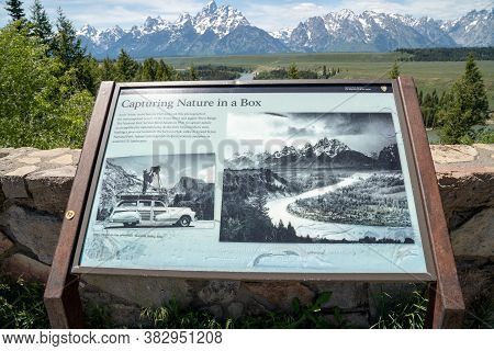 Wyoming, Usa - June 26, 2020: The Storyboard Interpretive Sign At The Snake River Overlook Honoring