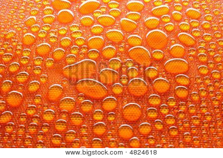 Orange Wassertropfen