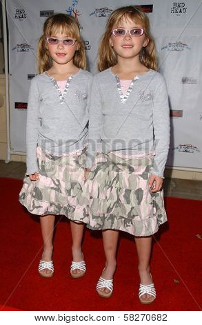 Zoe Schlagel and Amy Schlagel at a Fashion and Music Extravaganza Promoting Human Rights for Youth. Church of Scientology Celebrity Centre Pavilion, Los Angeles, CA. 04-14-07