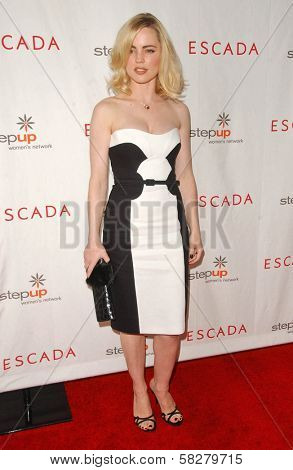 Melissa George at an Escada 2007 Fall Winter Sneak Preview to Benefit Step Up Women's Network. Beverly Hills Hotel, Beverly Hills, CA. 04-19-07
