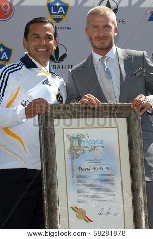 LA Mayor Antonio Villaraigosa and David Beckham at the press conference to introduce David Beckham as the newest member of the Los Angeles Galaxy. Home Depot Center, Carson, CA. 07-13-07
