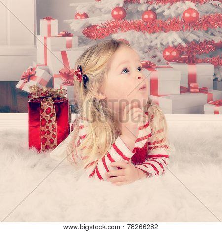 Instagram Of Innocent Toddler At Christmas Making A Face