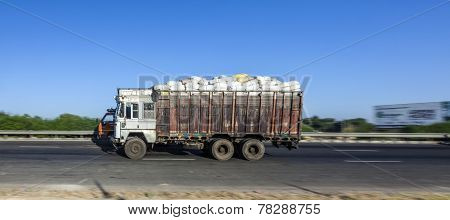 Truck Uses The Yamuna Express Way