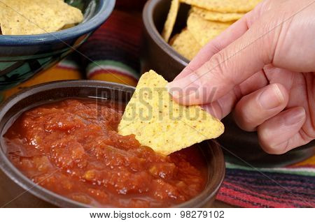 Mexican Nachos With Salsa