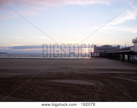 Weston Super Mare At Sunrise