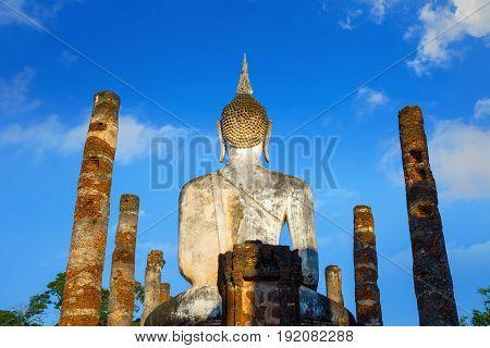 Sukhothai, Thailand - November 14 2016: Wat Mahathat Temple In The Precinct Of Sukhothai Historical