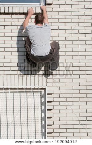 Parkour Runner Jumping High, Colro Image, Outdoors, One Man Only