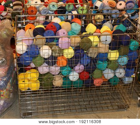 Woolen Yarns For Sale In Wholesale Haberdashery