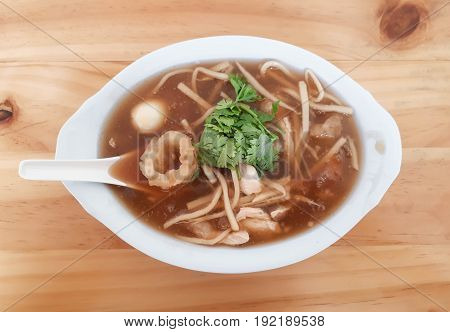 Braised fish maw in red gravey / Asian food