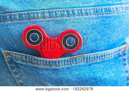 Keep Fidget Spinner At Jeans Pocket