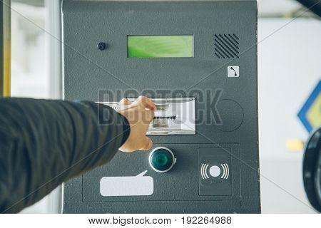 man got ticket from parking meter underground parking