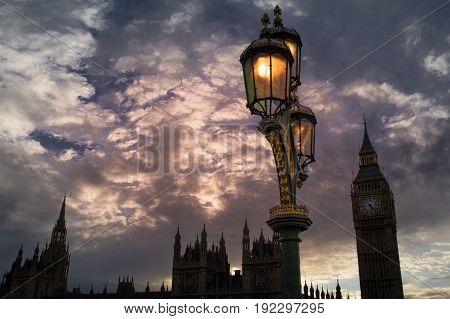 street lamp on westminster bridge in london
