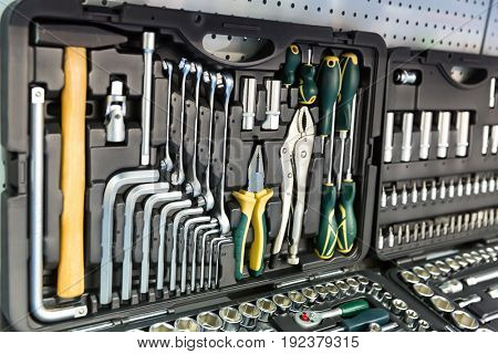 Professional mechanical tools for auto service