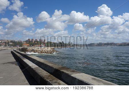 Praia dos Carneiros walk in Porto city