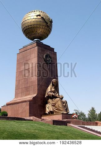 Tashkent, Uzbekistan - August 30, 2007: Mother Statue and Monument of Independence in the Independence Square.