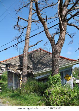 Hurricane Katrina Houseslide