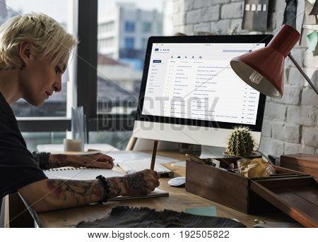 Email inbox message list online interface