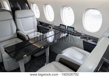 Dassault Falcon 5X Business Jet