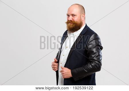 smllng man with ginger beard