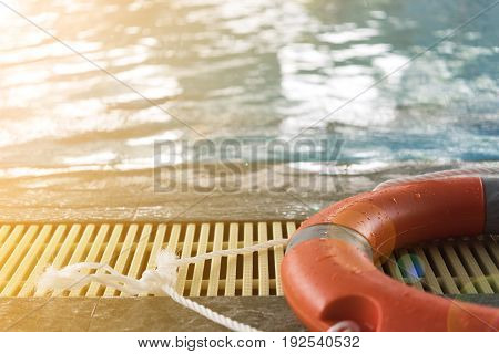 tire floating stay on side swiming pool