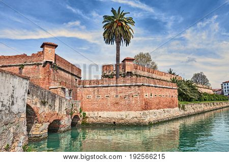Livorno - Leghorn, Tuscany, Italy: the old fortress Fortezza Nuova surrounded by a navigable moat, It was built to defend the city from attack by pirates.