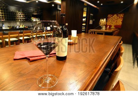 Relax Wine Bar Decorate