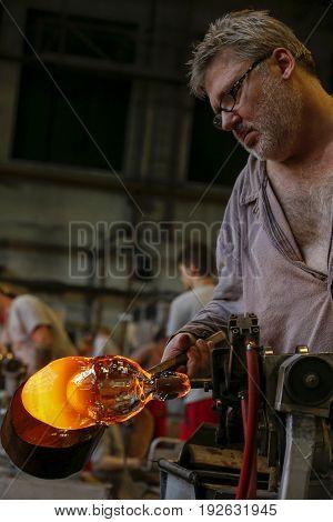 Bohemia Crystal Industry