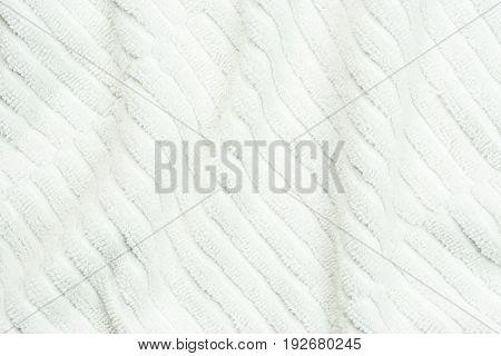 White Wavy Carpet