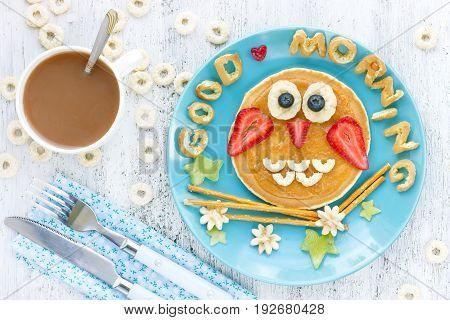 Owl pancake funny breakfast idea for kids