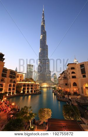Dubai Burj Khalifa Skyscraper Night Evening Twilight Blue Hour