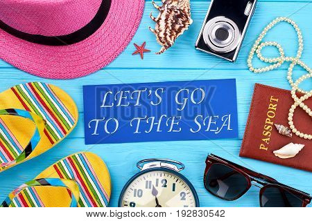 Main women accessories for travel. Essential things for women vacation abroad.